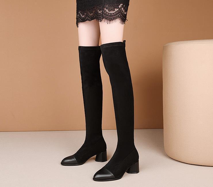 botas de cuero de alta tubo con la rodilla botas de mujer 2020 nuevo otoño y el invierno de espesor con mujeres elásticos