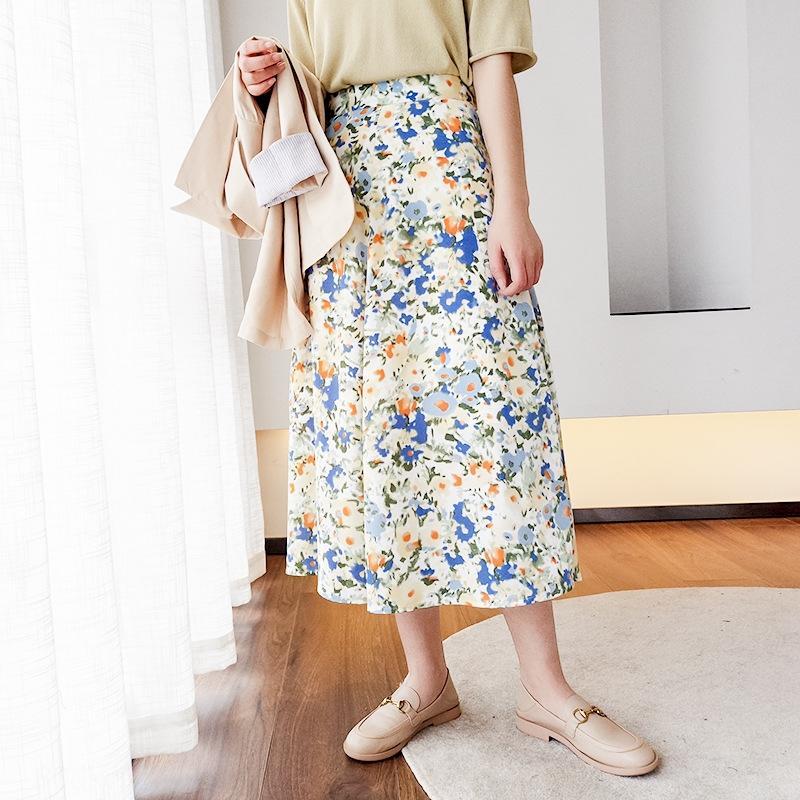 010353 verano A- A- Línea nuevo nicho de diseño sentido de adelgazamiento mitad de la longitud del paraguas falda de flores de cintura alta de la línea A- falda de las mujeres