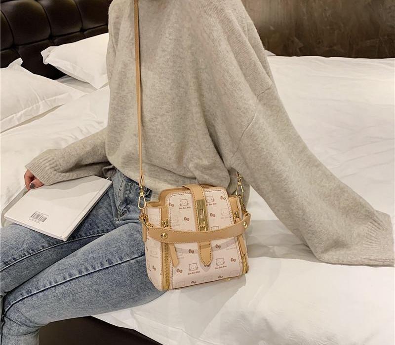 Cubo arco-nudo cuadrado nuevo verano cuero bolso mensajero mujer animal animal 2020 4 estilo fantasía gato para el bolso de hombro femenino02 asowd