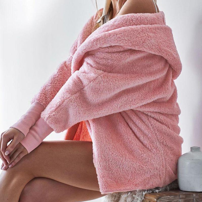Winter Warm-Pelz-Mäntel Herbst-Frauen langärmelige Kapuze Maxi-Tops Massiv Plüsch loser Mantel Offene Stichoberbekleidung