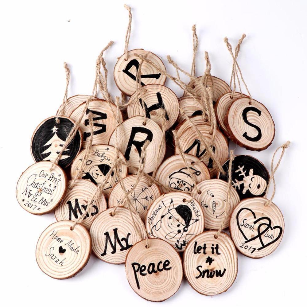 20pcs Yılbaşı Ağacı Asma Süsler 5-6cm Yuvarlak Ahşap Dilim Doğa Ahşap Hediyelik Etiket Ev için Noel Süsleri