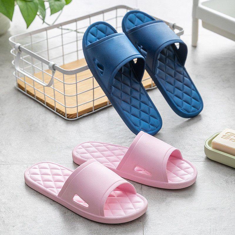 Yeni Moda Erkekler Kadınlar Terlik Yüksek Kaliteli Duş Yıkanma Ayakkabı Sandalet Flip Flop Ev Plastik Terlik SA1