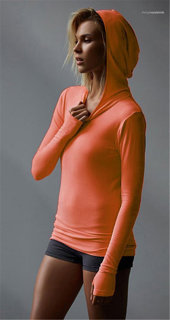 تشغيل الملابس الربيع البحتة لون المرأة هوديس عارضة ضئيلة الرياضة السيدات المحملات مصمم أزياء نصب منصة البلوز أنثى