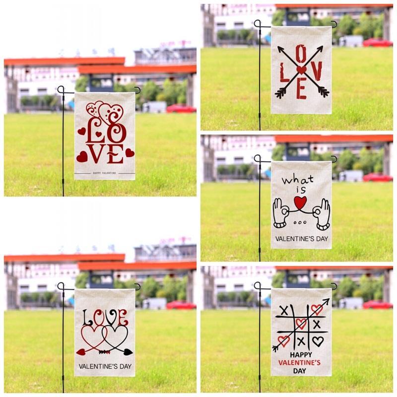 Banderas Impresión de patrón de diseño de letras de jardín doble de la bandera del corazón del amor Festival estandarte de San Valentín Día de la decoración de alta calidad 9HY E1