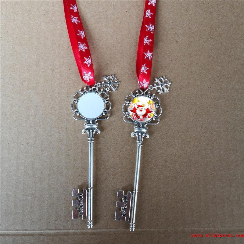сублимация Санта-Клаус металлические ключевые рождественские подвесные украшения с красной веревкой горячей трансферная печать пустой поделки расходный 10pcs / lot 0927