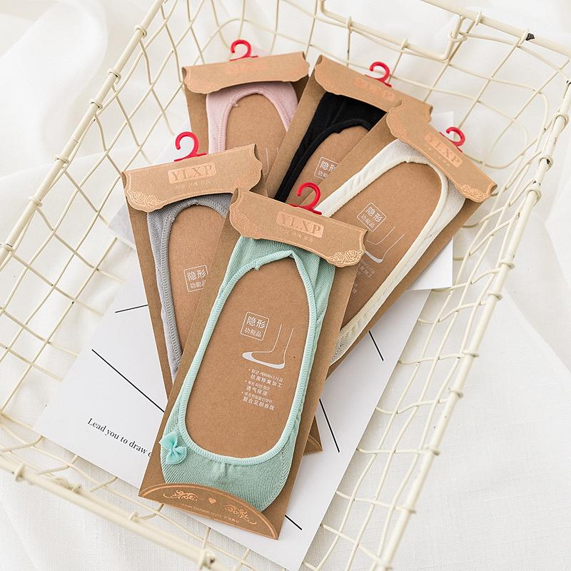 YLXP empaquetado independiente de silicona antideslizantes calcetines invisibles de la boca del arco tridimensional bordado de las mujeres de poca profundidad