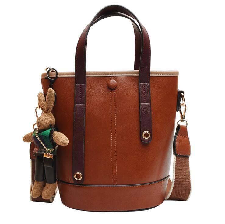Sacs Femme Designer Sacs à main Mode sac à main sac à main sac à main sac à main Sac à godets à l'épaule Sachet Soft Cuir Softbody Sucket Sac LSK1406