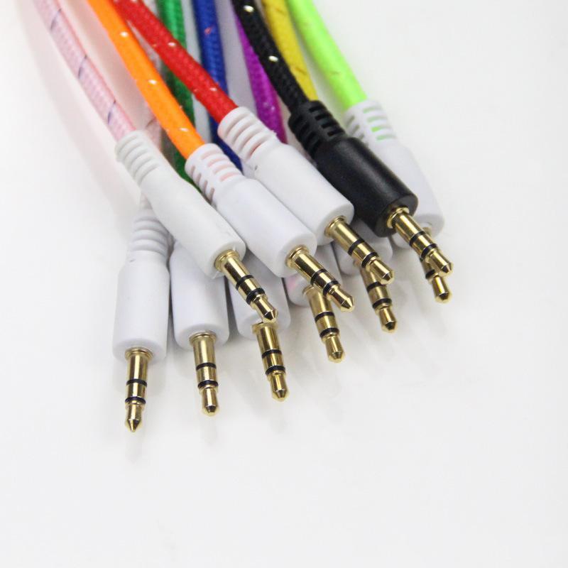 Intrecciato Aux 3 0,5 millimetri stereo ausiliario Car Audio Cable maschio a maschio per Samsung per tablet Samsung Lg Smartphone