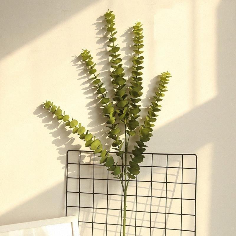 1Pcs Künstliche Kunststoff Eukalyptus-Baum-Zweig für Hochzeitsdekoration Blumenblätter Pflanze für Wohnzimmer Hauptdekoration uiHw #