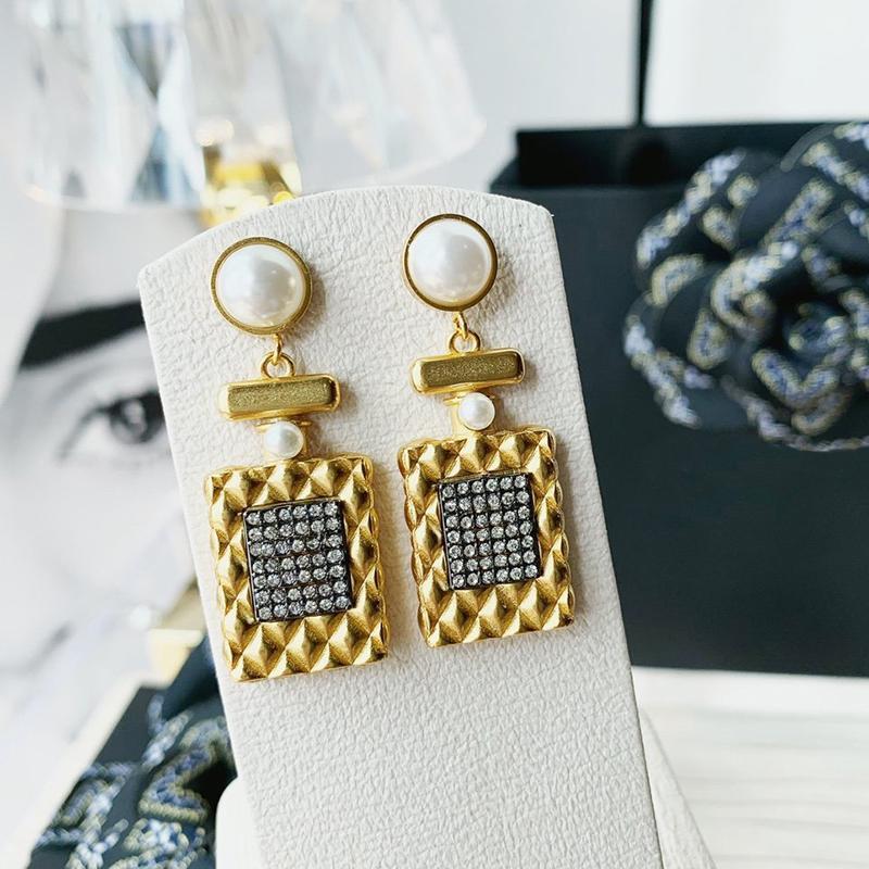 C2274 laiton 925 aiguille boucle d'argent simple, étiquette carrée zircone cubique eardrop d'or élégants accessoires de mode féminins