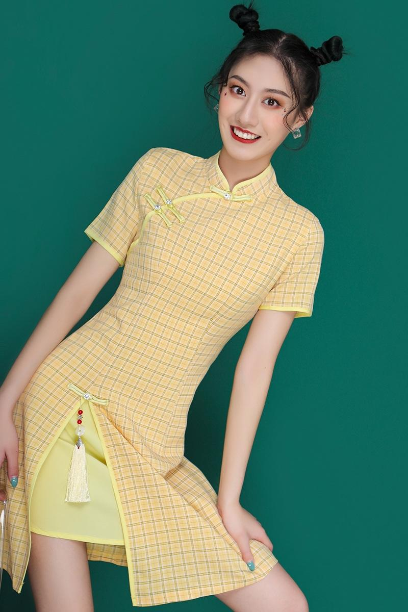 spY26 été nouvelle fille robe cheongsam modifiée jeune douce mode littéraire robe courte à carreaux Cheongsam