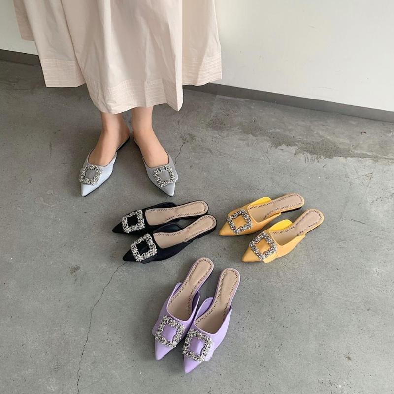 Остроконечные Toe обувь женщины Тапочки мулы для женщин 2020 Блеск Слайды New Flat Cover Jelly Rubber Основной Кристалл Шелковый осень PU