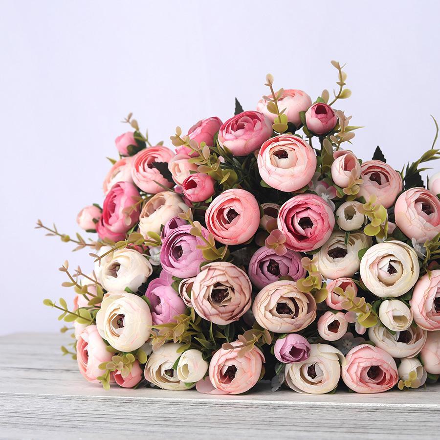 Europea artificial de seda vintage rosa de té Flores 6 cabezal 4 falso pequeño capullo Ramo de boda con el hogar Retro flor del banquete de bricolaje decoración
