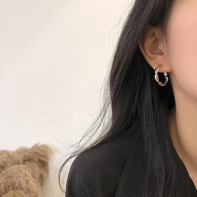Coréen d'été Petit Boucles d'oreilles pour les femmes de couleur or déclaration géométrique grand rond Hoops Boucles d'oreilles Huggie bijoux à la mode 2020 jVg0 #