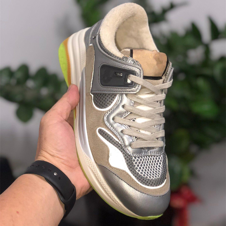 2020 unisex cordón de cuero de becerro de la vendimia hasta zapatillas de deporte ultrapace hombres zapatos informales de lujo para las mujeres zapatillas de deporte de diseño tradingbear