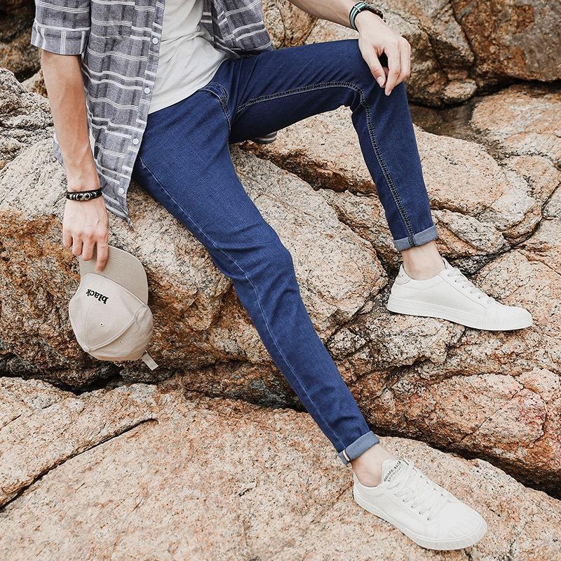 kWnA6 Herbst Jeans der neuen Männer koreanische slim-fit enge Jeans enge Hosen Jugend Herren-Leggings Ausdehnungshosen AM820