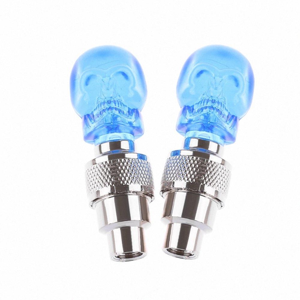 2Pcs Творческого автомобиль велосипед синего Потрясающие Череп LED клапан шины огни Предупреждающих лампы оптом sTE6 #