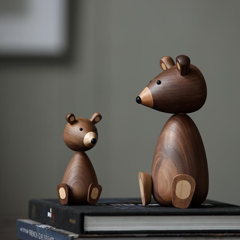 Rússia Pequenos enfeites de madeira urso para decoração esquilo para artesanato em madeira móveis transporte pequenos presentes brinquedo ornamento urso casa de madeira