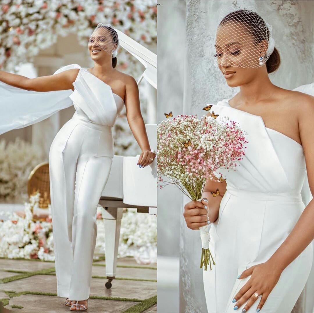 Fashion Jumpsuits Wedding Dresses One Shoulder Neck Sheath Watteau Train Pleated Bridal Gowns With Pants Satin Vestido De Novia