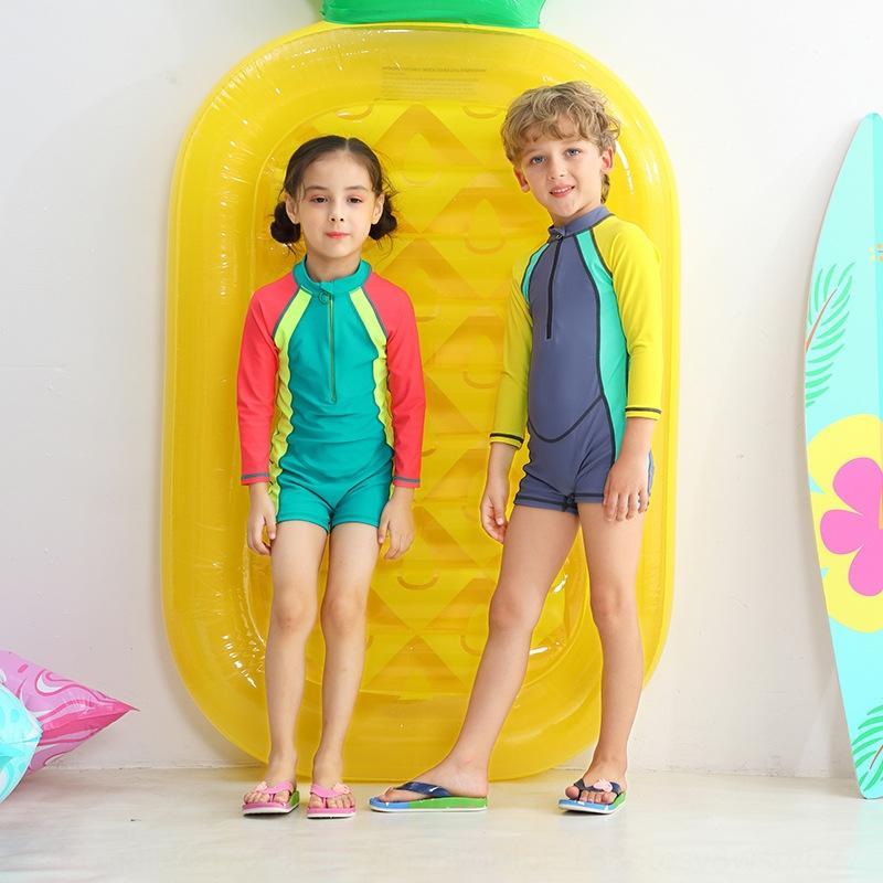 Los niños unisex mojada aislada de una sola pieza del bebé de manga corta en el traje de surf nado gran traje de baño cómodo