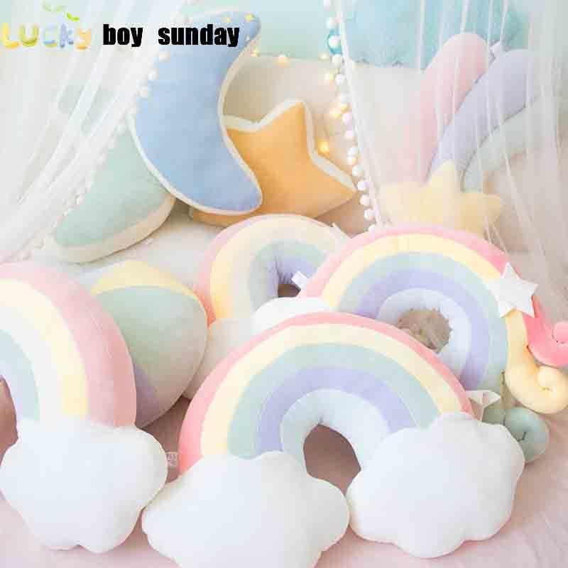 Lucky Boy domingo colorido Lua Rainbow Star Nuvem Conch Plush Pillow Crianças Plush brinquedos de pelúcia Sofá Almofada Baby Sleeping Pillow presente MX200716