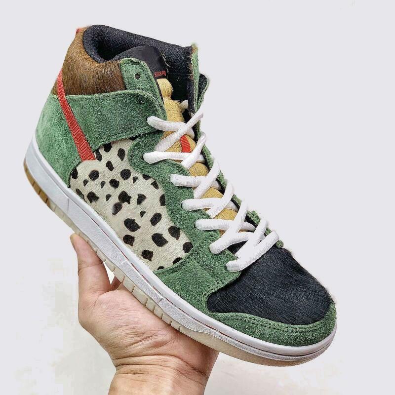 2020 New SB Dunk High Dog Walk Chaussures de basket-ball Chaussures Hommes Femmes Baskets Formateurs extérieur 36-45
