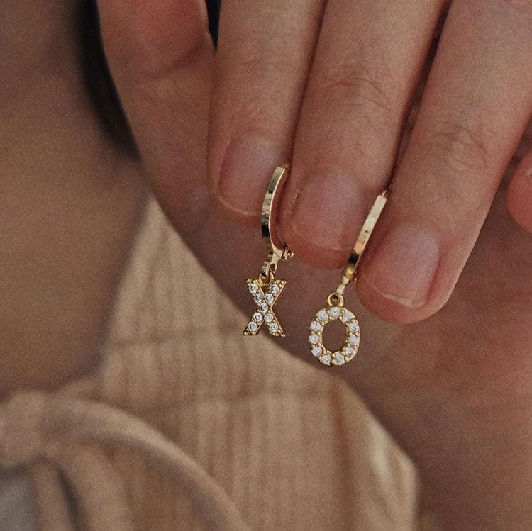 hZiFX Seu nome é o Inglês flash ouro 18k Super carta de zircão cobre banhado earearrings diamante temperamento feminino Internet celebridade d icvcL