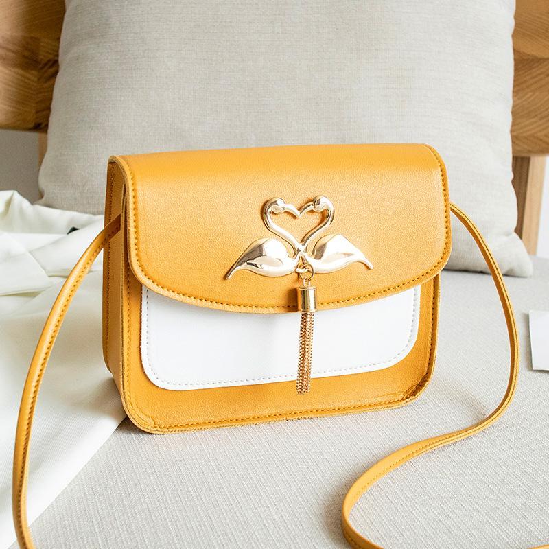 2020 Summer Nouveau Femmes Mode Color Block Sac bandoulière Forme Swan Tassel Décoration Sacs à main épaule Messenger Tote Petit fourre-tout