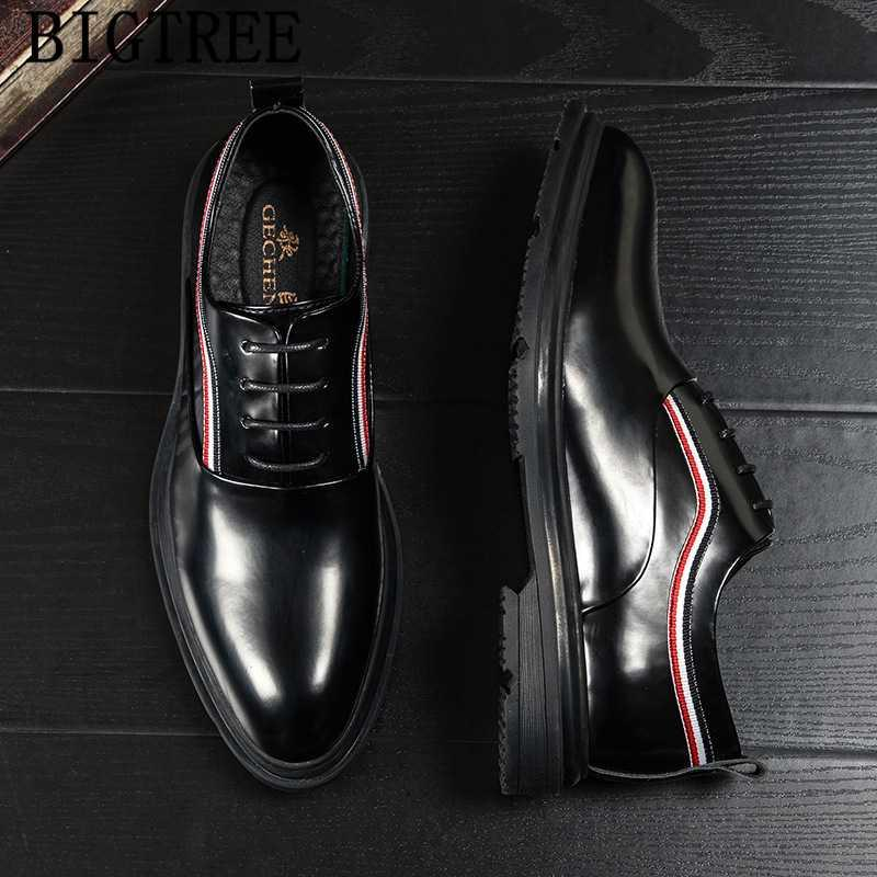 Italianos Mens Dress Shoes Partido Shoes Men couro de Luxo Elegante Vestido Coiffeur Designer Men Formal Evening AYAKKABI
