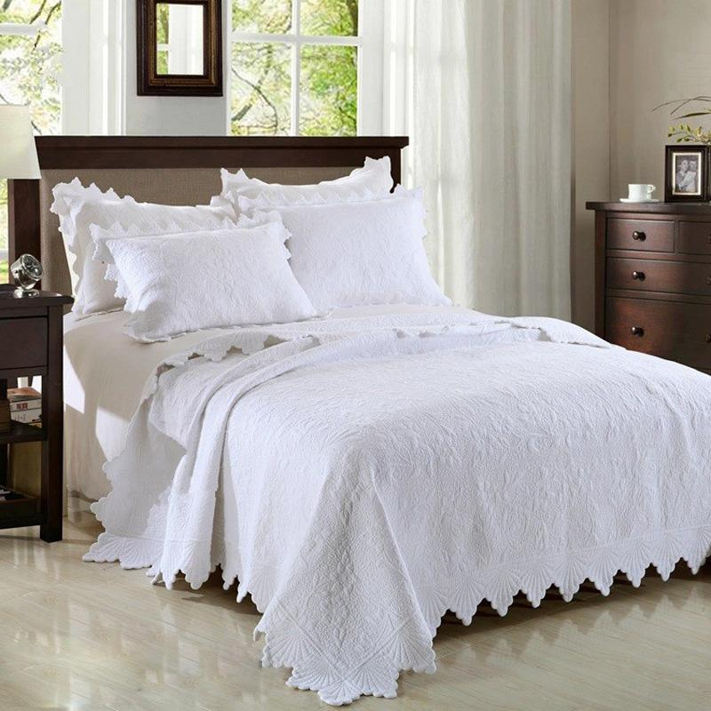 Quality Pure White Embroidery Quilted Bedspread 3pcs Cotton Quilts Coverlet Set Bed Cover Flower Pattern King Size