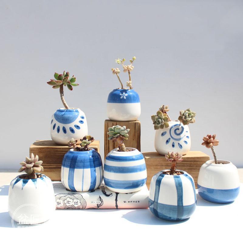 8pcs / Set clásico azul y blanco de cerámica crisoles de flor de planta suculenta del estilo oriental Planter Inicio Jardín Decoración Oficina Y200709