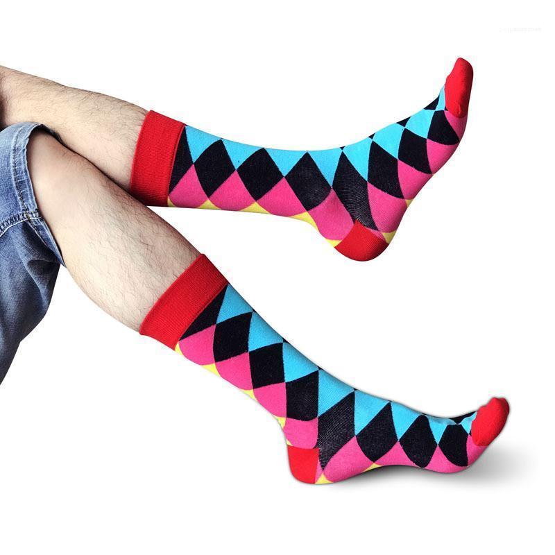 Multi color de alta tubo calcetines deportivos calcetines para hombre nuevo de la llegada del diseñador del Mens Calcetines Moda cómodo y transpirable
