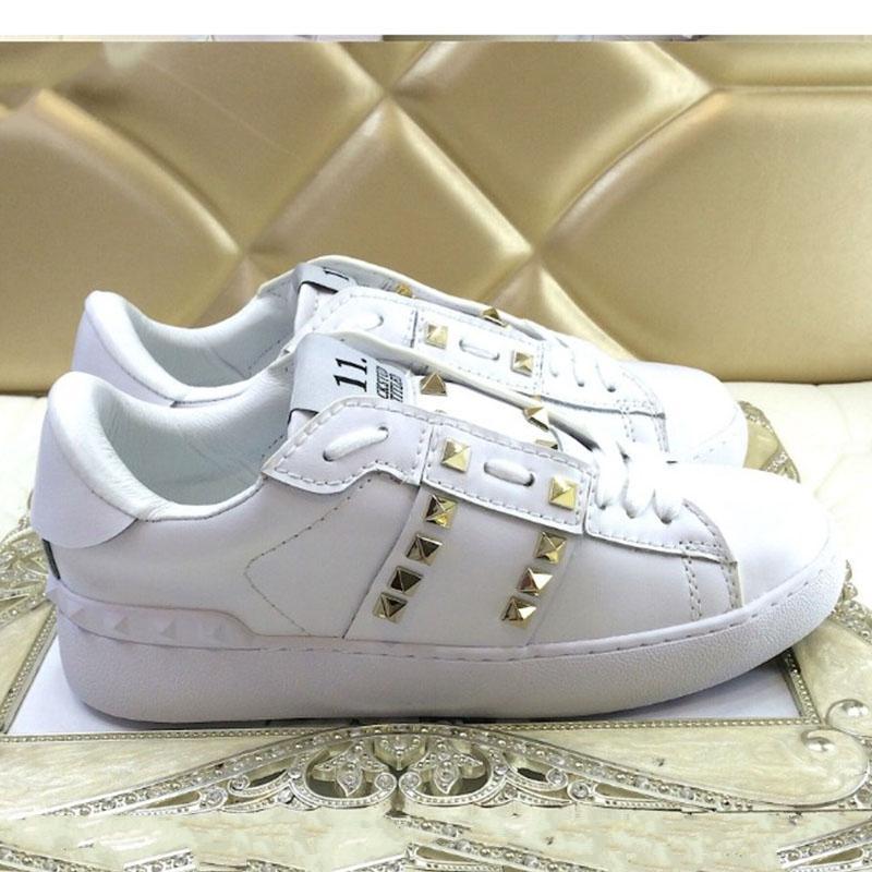 2020 новых Мужчины Женщина тапки повседневной обуви Италия Марка Stripes обувь Walking Спортивных тренажеры Chaussures V04