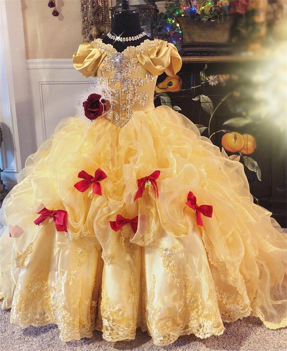2020 del fiore del merletto i vestiti delle ragazze fuori dalla spalla di Applique prima comunione abiti posteriore Lace-up di lunghezza del pavimento Bambini Abiti formali vestito da spettacolo