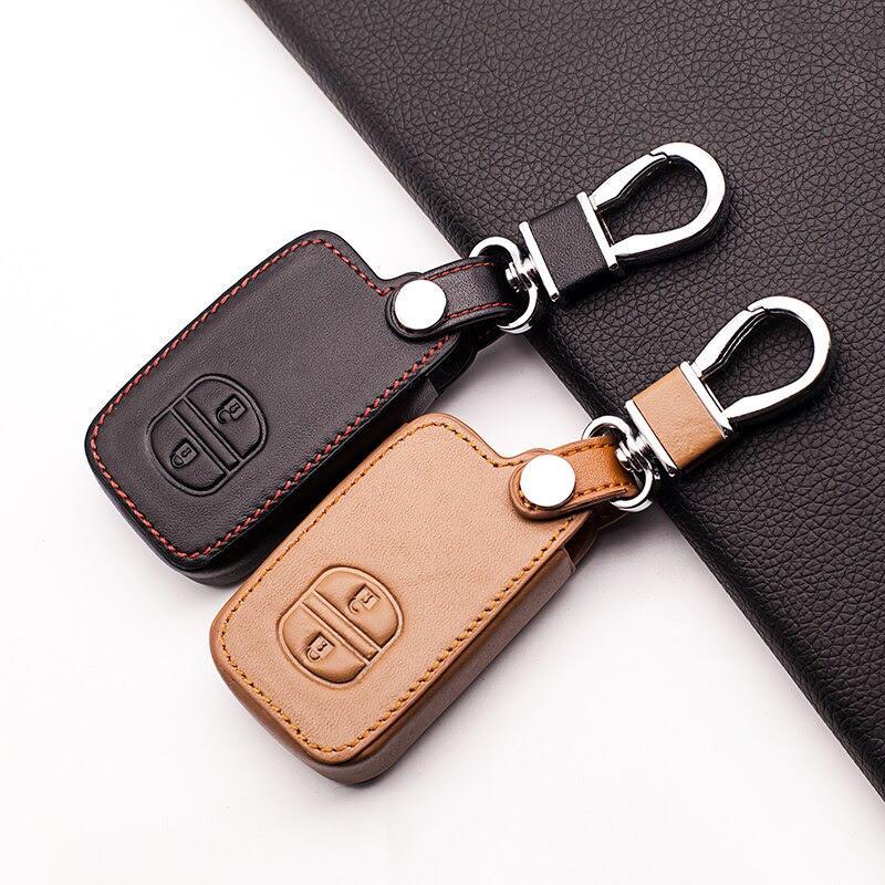 Leather Car Key Holder Case Cover for TOYOTA Camry Highlander Crown Prado Prius