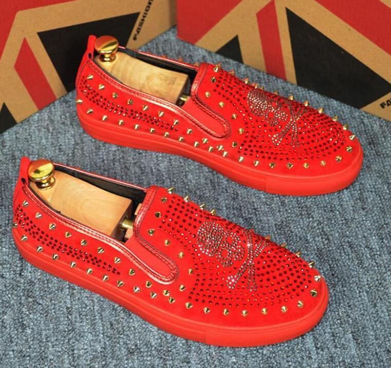 2020 hommes chaussures coiffure décontractée Souliers simple d'homme styliste rivet squelette humain chaussures concepteur mens hommes luxe loafers38-44 B67