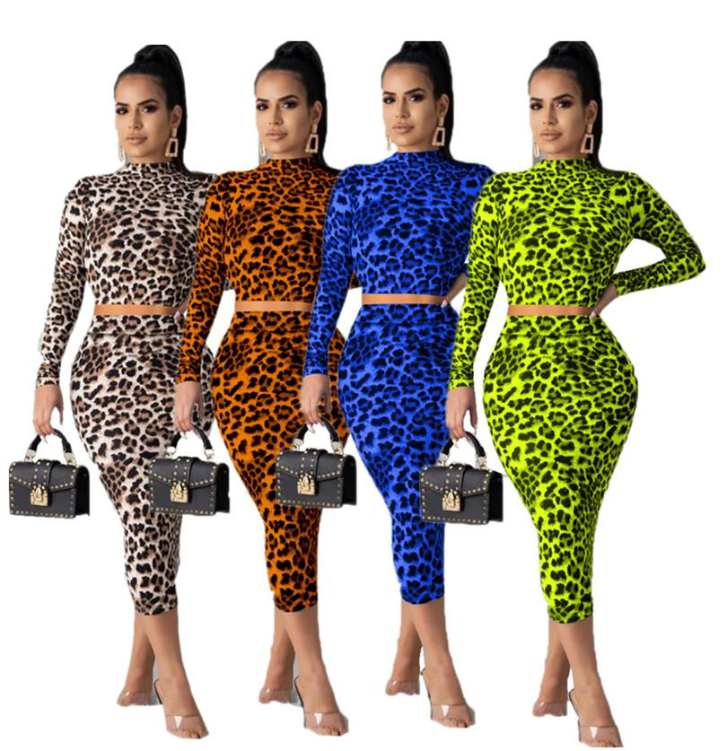 Kadın Giyim 2 Adet Set Leopar Tasarımcı Hoodie Triko Uzun kollu Crop Top + BODYCON Elbiseler Kıyafetler Etekler Sonbahar Kış Modası LY811