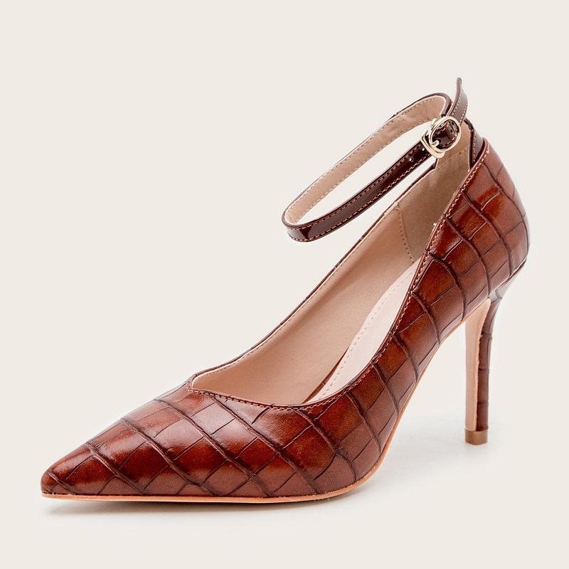 Alti talloni delle donne del partito delle pompe della punta aguzza Shoes Buckle Strap signore ufficio scarpe a spillo nuziale festa di nozze Zapatos Mujer