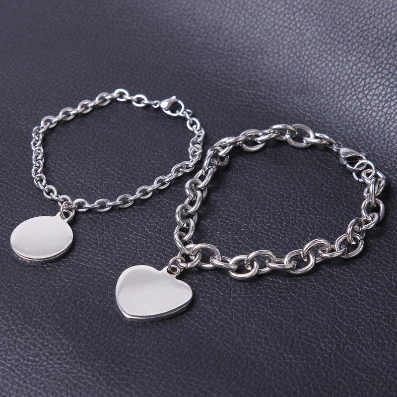 Na pulseira de aço inoxidável do círculo coração mulheres feminina acessórios 2020 presentes feitos sob encomenda cadeias de mão de jóias por atacado encantos