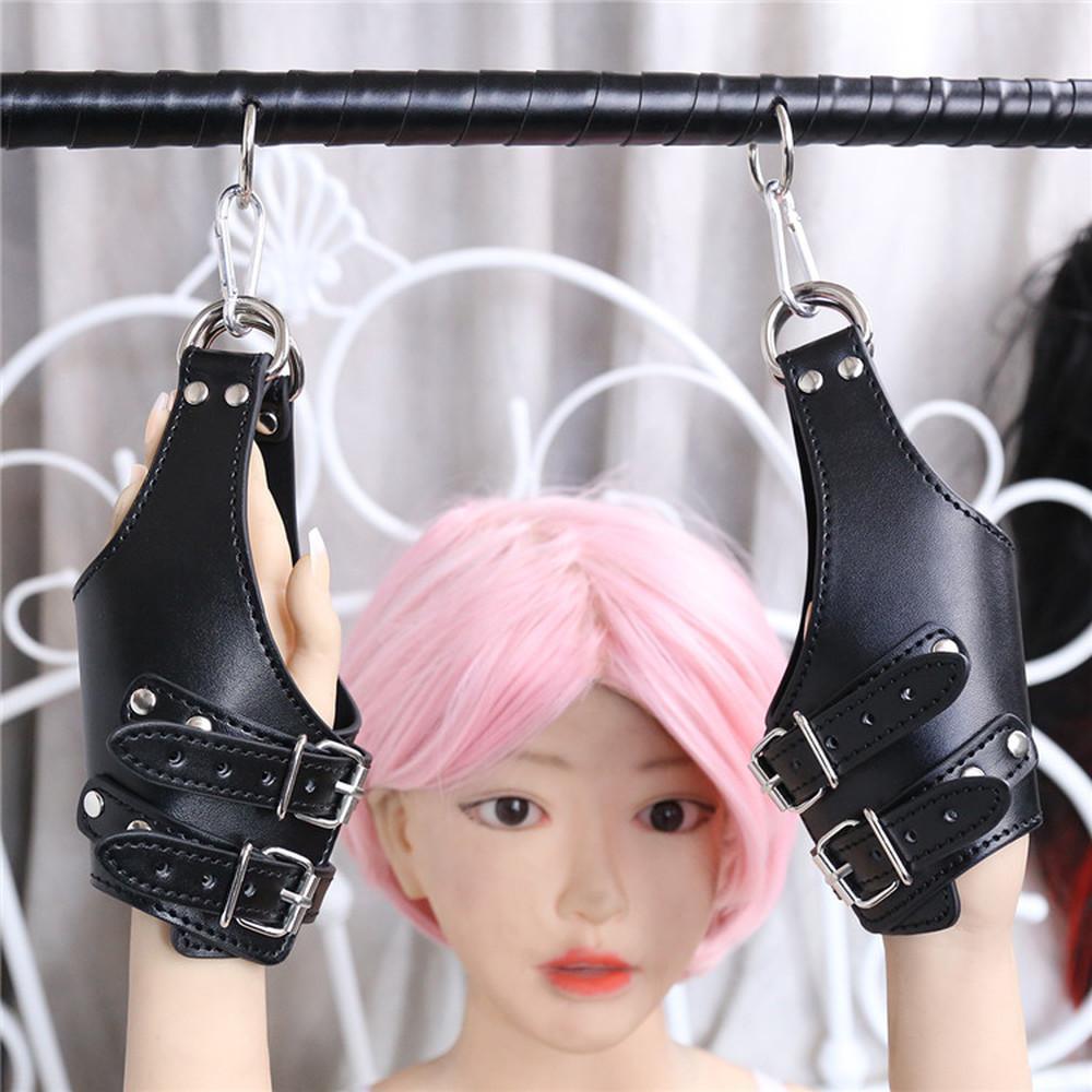 Geschlecht spielt für Frauen BDSM Sklavin schwarz PU-Leder Bondage Handschellen adlut SM Spiel Cosplay Werkzeuge T200813