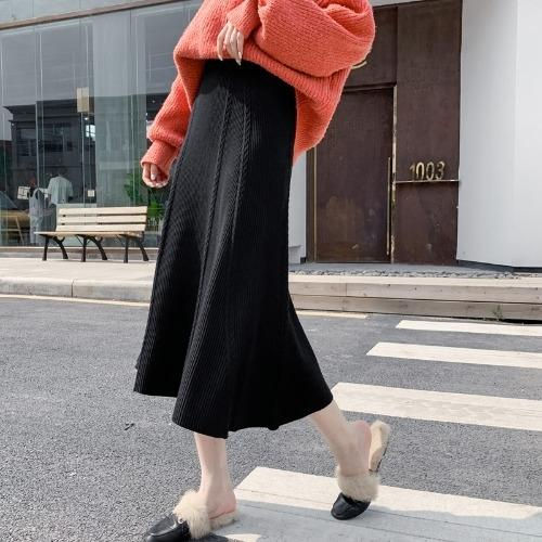 2020 autumn and winter New s Korean style knitted Women's Mid-length large size plump MM big skirt fairy skirt