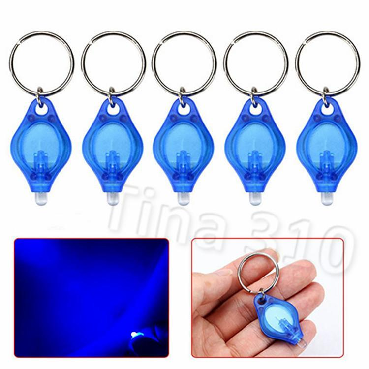moda 39 * 22 * 7MM lâmpada LED Key Keychain Detector Led portátil Luz Keychain Car acessórios pingente 4 estilos Light Party Supplies T2C5132
