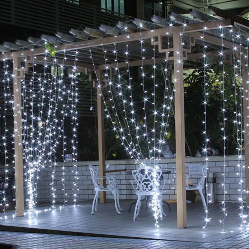 Led Guirlandes 3 * 3M 304 LED Rideau de fenêtre Guirlande de soirée de mariage jardin Chambre Extérieur Intérieur Décoration murale