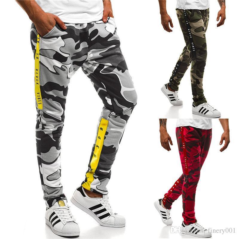 2009 Nouveau design du commerce extérieur Marque européenne Épaississement Fitness Camouflage luxe imprimé sport pour hommes Pantalons 8003
