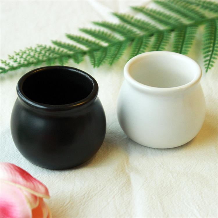 Seramik küçük saksı iki renk ev küçük siyah ve beyaz iç masaüstü dekorasyon bahçe dekorasyon T3I5641