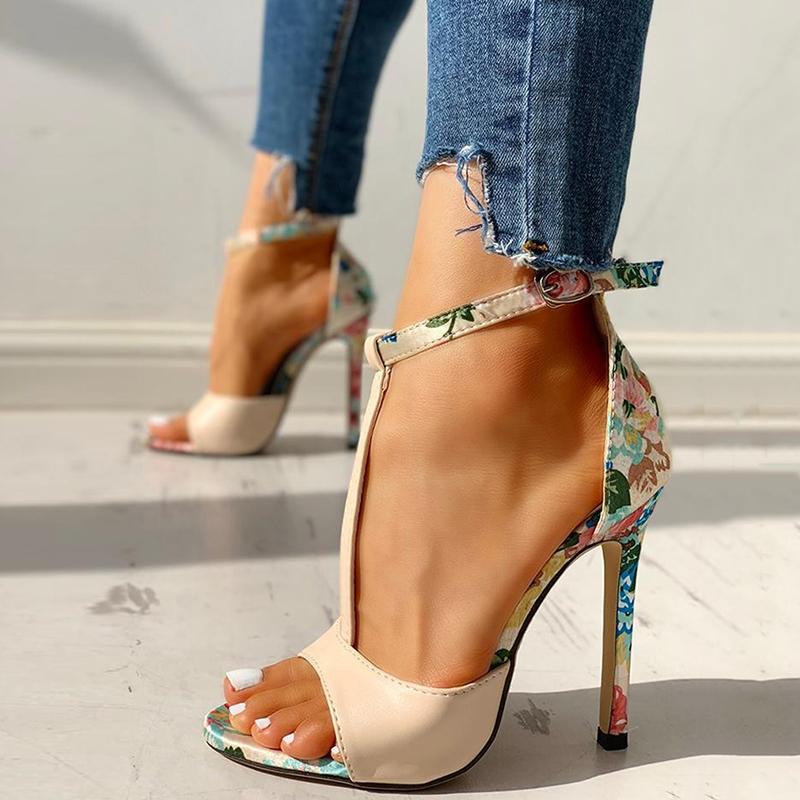 Estate scarpe per le donne sexy dei sandali più il formato sottile Super Tacchi alti floreale con fibbia 2020 pesci di modo della bocca Scarpe Donna