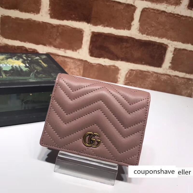 Top qualité Celebrity Design Lettre Métal Boucle en forme de V Wallet Card Retour en cuir de vachette Homme Femme 466492 Bourse d'embrayage