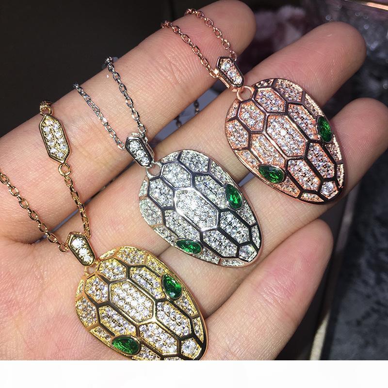 collar de moda colgante de cristal verde cabeza de serpiente es adecuado para la hermosa joyería collar de la agregación de las mujeres