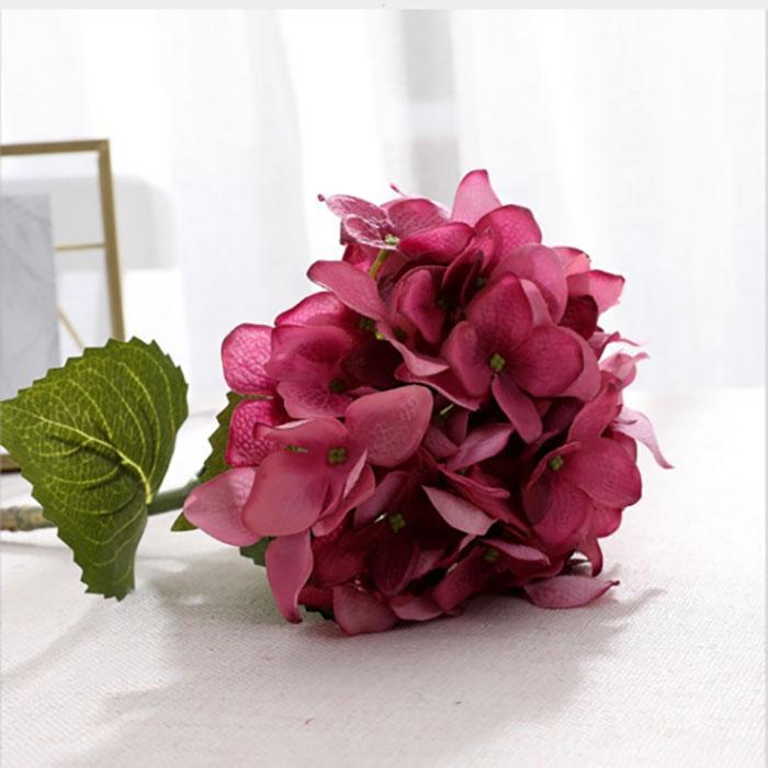 Nueva llegada artificial Hydrangea flor de seda de flores de simulación de la decoración del partido de la boda casa real tacto casi exactamente sensación hidratante