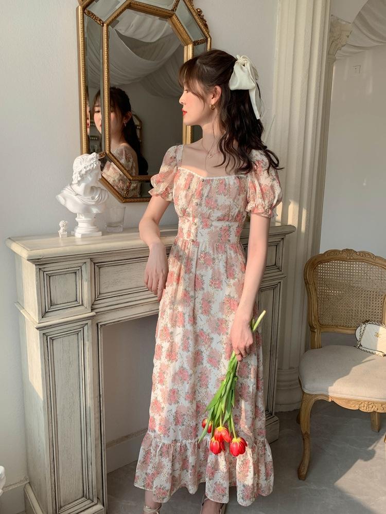 Vhz5Z Meatball maison 2020 Perle Bouton robe d'été style peinture à l'huile française col carré creux floral rose brodé pearlchiffon d